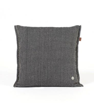 cojín negro 03am - lana de merino ecologica
