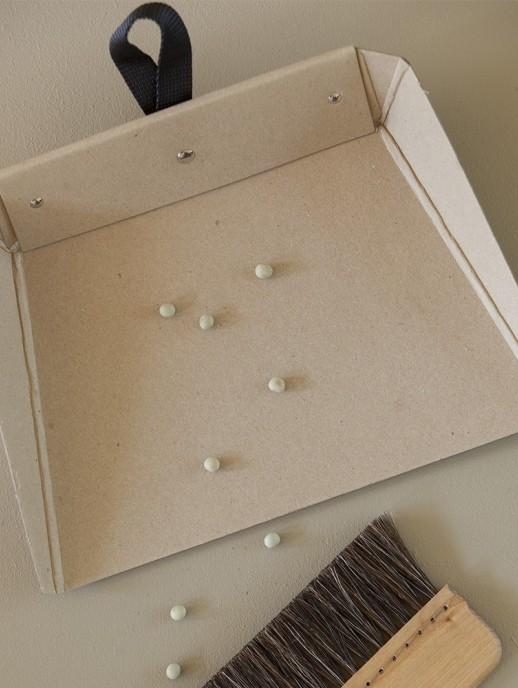 recogedor de cartón