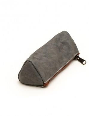 monedero gris