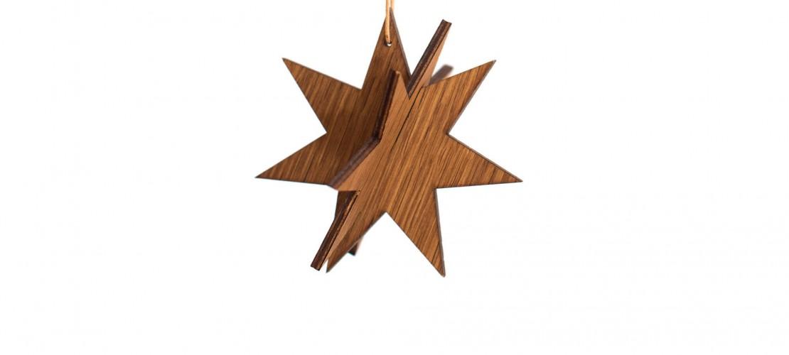 Estrella de madera oscura grande